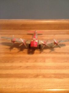 Marx Strato Airlines Stratoliner 700 Skycruiser Tin Friction Airplane