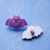 15 Bat Craft Flying Novelty Halloween Buttons Sewing Scrapbooking Purple K55