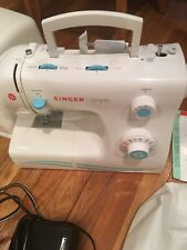 New listing Singer Simple Sewing Machine #2263
