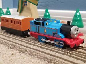 "TOMY Trackmaster Thomas & Friends ""THOMAS"" 1992 w/ Clarabel WORKING Train Rare"