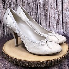 Baker's Bone Cream Bow Brittany Bridal Wedding Women's Heels Size 10