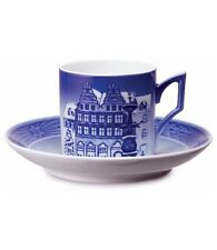 Royal Copenhagen 2009 Christmas Cup & Saucer Nib Christmas at Amagertorv New