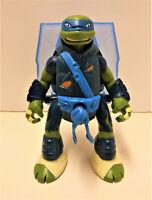 Teenage Mutant Ninja Turtles TMNT Throw N Battle Leonardo Action Figure 2013