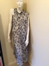 Taking Shape Black And White Print Sleeveless Over Pants Long Shirt. Size 24.