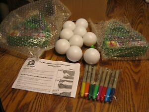 The Winemana Ornament Decorator Kit Christmas 9 Blank Balls Markers Magic Trees