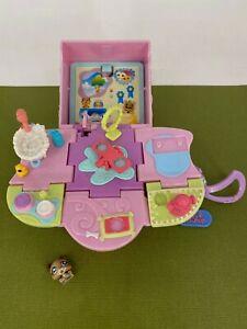 Littlest Pet Shop - 2006 - Teeniest Tiniest - Mini Pop Up Playset with Figure #2