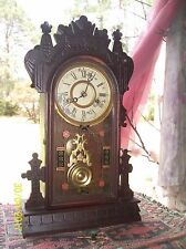 Lovely Antique New Haven Mantle Clock (Works)