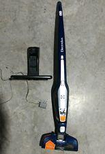 Electrolux ErgoRapido 2-in-1 Cordless Vacuum EL2029A Self-Cleaning Brush ERI0478