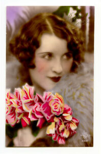 1920s Glamour Pretty young LOVELY LADY Fashion French Deco  photo postcard