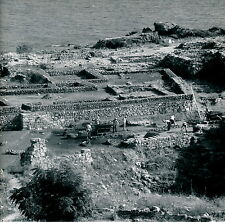BYBLOS c. 1960 - Fouilles Archéologues Liban - DIV 3545