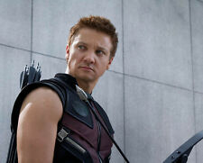 Jeremy Renner UNSIGNED photo - G1119 - The Avengers
