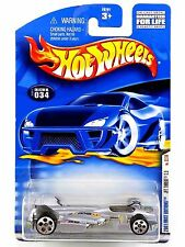 HOT WHEELS - 2001 First Editions - Silver JET THREAT 3.0 - #034 -- Next Day Ship