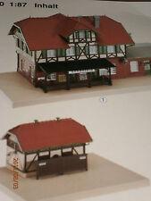 Faller H0 110103 Fachwerk Bahnhof mit angebautem Güterschuppen + WC  Bausatz NEU