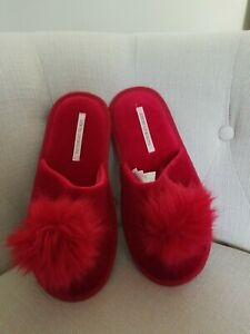 Victoria's Secret Red Pom Pom Slippers M small  6-7 Limited Edition Slides New
