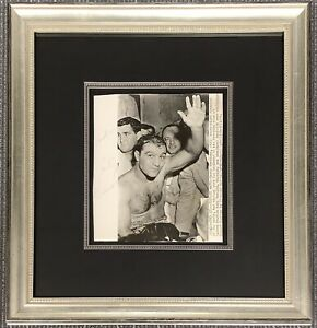 Rocky Marciano Signed Photo 7x9 Boxing Champ Autograph Victory Wave Framed TPG