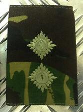 Genuine British Army Woodland Camouflage LIEUTENANT Rank Slide /Epaulette - NEW