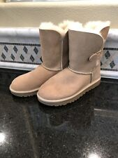 Women's UGG Bailey Button II Sand Boots- size 6- #1016226