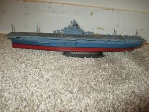 U.S.S. Intrepid CV-II 1945 Military Classic Gearbox 1:700 Scale Aircraft Carrier
