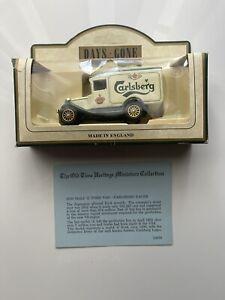 Days Gone Vintage Models: 1930 Model 'A' Ford Van - Carlsberg Lager