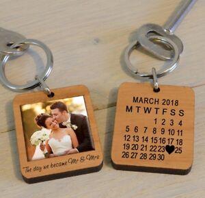 Personalised Mr & Mrs Wooden Photo Keyring Husband Wife Anniversary Wedding Gift
