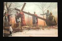 LOURDES LE CALVAIRE Vme STATION SIMON LE CYRENEEN AIDE JESUS A PORTER SA CROIX