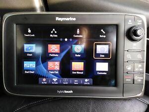 "Raymarine E97 9"" Hybrid Touch Multifunction, Chartplotter, Fish finder, Radar."