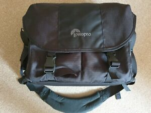 LOWEPRO STEALTH REPORTER D650 AW LARGE CAMERA BAG