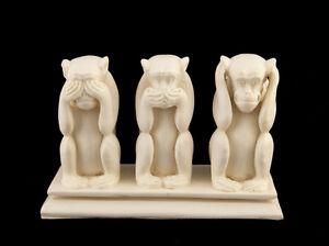 3 Scimmie Da La Saggezza IN di Resina 1 KG Fatto Mano H13cm Bianco Z1 3175
