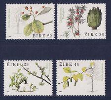 r  IRLANDE  série de 4 feuilles d' arbres  535/538   **