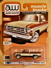 Auto World Muscle Trucks 1977 Chevy Bonanza C10 Fleetside 1:64 Diecast Truck