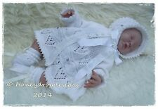"HONEYDROPDESIGNS ""HEARTS AFLUTTER"" 17-20 Inch REBORN BABY PAPER KNITTING PATTERN"