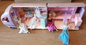 Mattel Barbie Reisezug mit Zubehör und Puppen