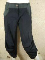 LA MODE EST A VOUS LMV Taille 40 Superbe pantacourt femme noir et gris corsaire