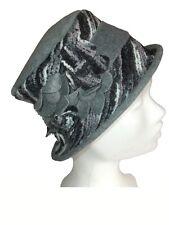 Chapeau femme - Laine et polaire - Gris / noir / blanc - neuf