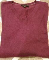 Banana Republic Fine Merino Wool Sweater Men's Size XL V-Neck Burgundy Casual