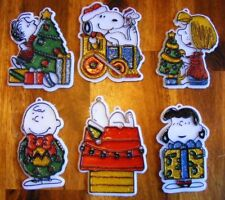 6 Vintage plastic PEANUTS Christmas Ornaments glitter Snoopy Lucy Charlie Brown