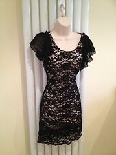 Lipsy splendido pizzo nero sovrapposizione Matita Collo Alto PARTY COCKTAIL DRESS SIZE 8