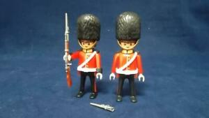 PLAYMOBIL 4577 ROYAL PALACE GUARDS WITH RIFLE AND BAYONETS - Found 2nd Rifle!!