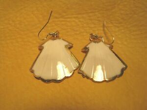 WHITE SHELLS- SHAPE LIKE ANGEL GOWNS N GOLD PLATED TRIM ON NEW GOLD TONE WIRES