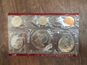 United States Bicentennial Uncirculated 6 Coin Set 1776 - 1976