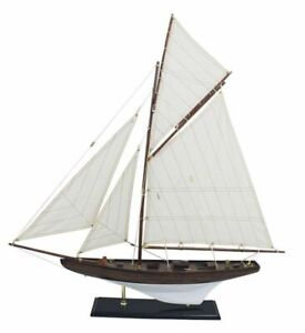 Model Ship, Historical Sailing Yacht, Gaff Yacht, America´S Cup Class Um 1900