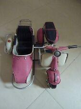 miniature side car vespa rose en fer peint