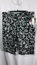 NEW w/ Tags Women's White Stag Flowery Stretch Capri-Black/White-2% Spandex-18