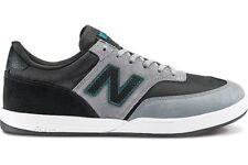Scarpe da uomo nero New Balance