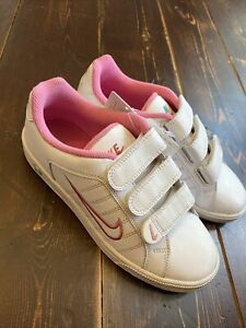 Nike Court Tradition 2 Girls Leather Sports Trainers Shoes  UK 3 US 3.5Y White