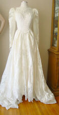VINTAGE LACE EMBROIDERED PEARLS SATIN IVORY WEDDING GOWN FORMAL DRESS