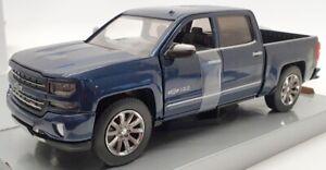 Motor Max 1/24 Scale Model Car 3532 - 2018 Chevrolet Silverado Centennial Edt