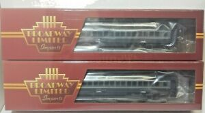 New York Central Railroad 80' Passenger Coach 2 Pack 2007 & 2032  Broadway 6441