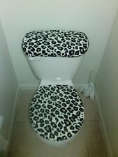 Cheetah Print Fleece Fabric Toilet  Seat Cover Bathroom Accessories Set
