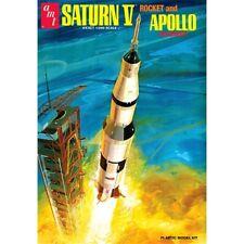 Amt Models Amt1174 1/200 Saturn V Rocket